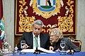 Carmena entrega la Llave de Oro de la ciudad al presidente de Ecuador 06.jpg