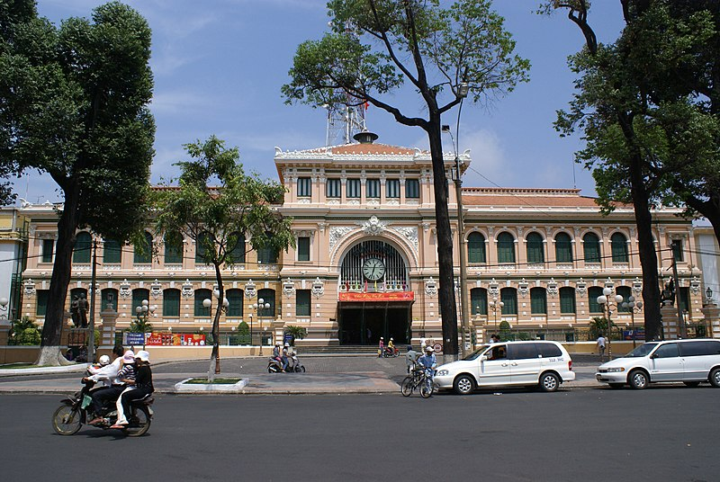 Archivo:Central Post Office, Ho Chi Minh City.jpg