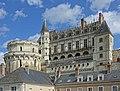 Château et tour des Minimes (Amboise).jpg