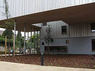 Mont-sur-Marchienne - Image: Charleroi Musée de la photographie nouvelle aile 2