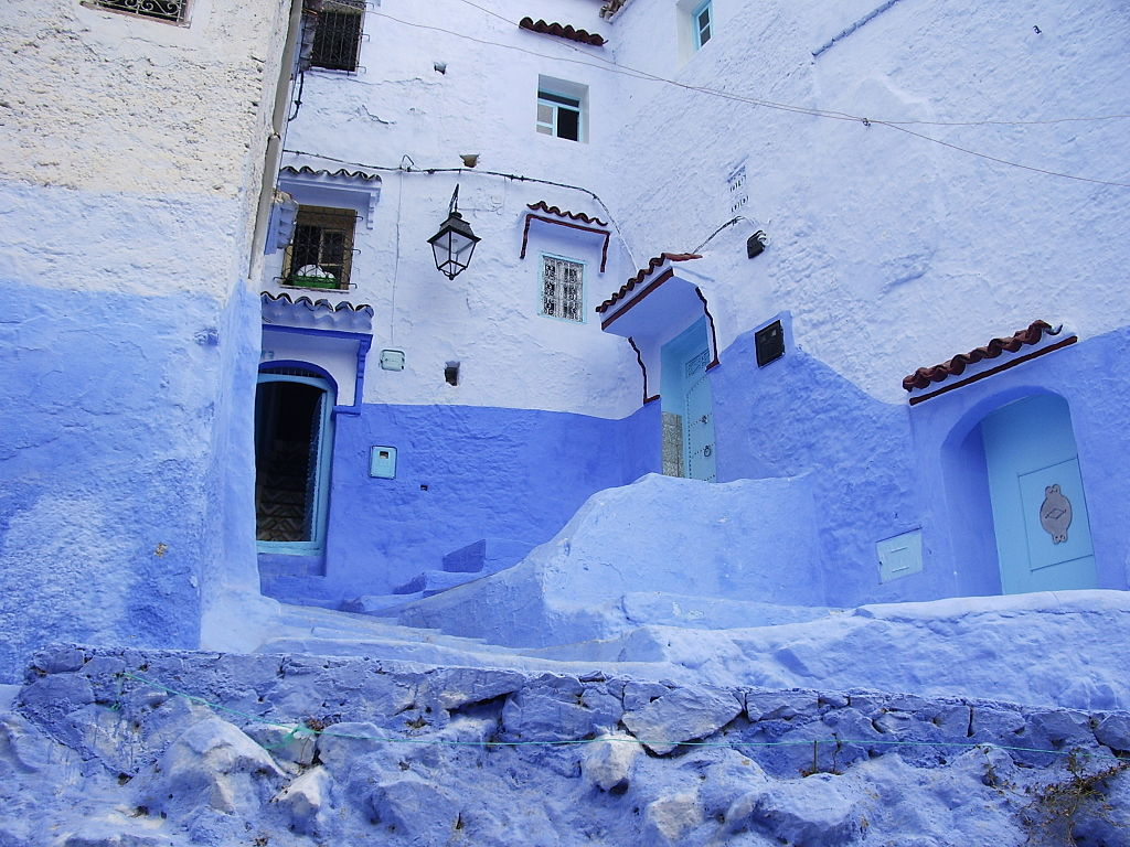 http://upload.wikimedia.org/wikipedia/commons/thumb/3/30/Chefchaouen2007.JPG/1024px-Chefchaouen2007.JPG