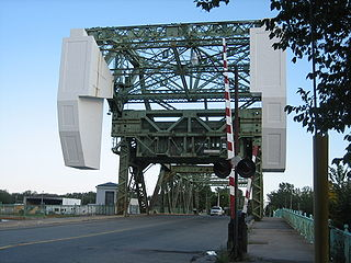 Cherry Street Strauss Trunnion Bascule Bridge
