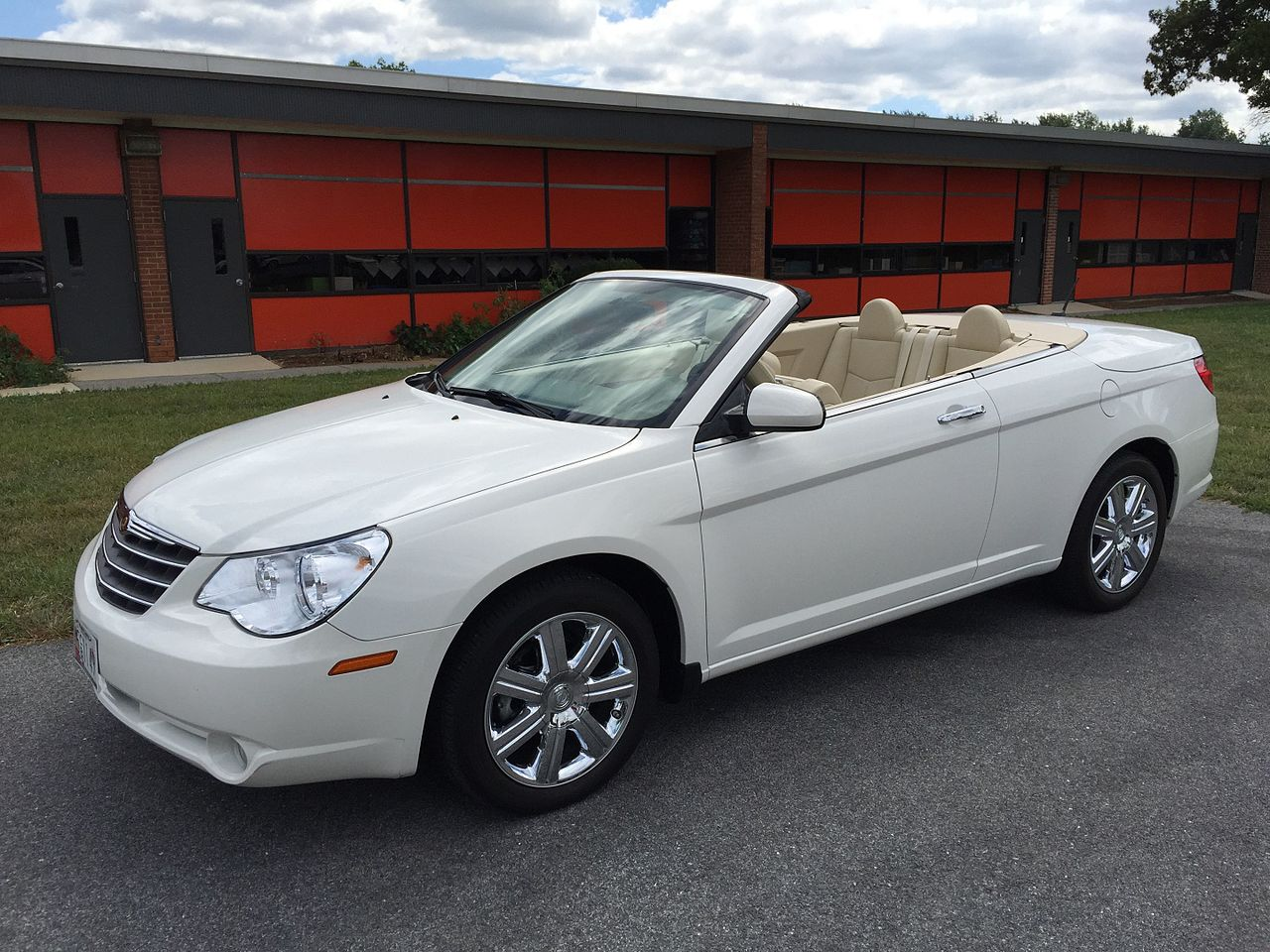 file chrysler sebring convertible third generation js top down white wikimedia. Black Bedroom Furniture Sets. Home Design Ideas