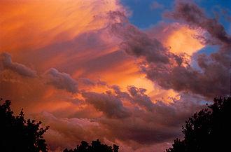 Cloudscape photography - Image: Cloud Colors