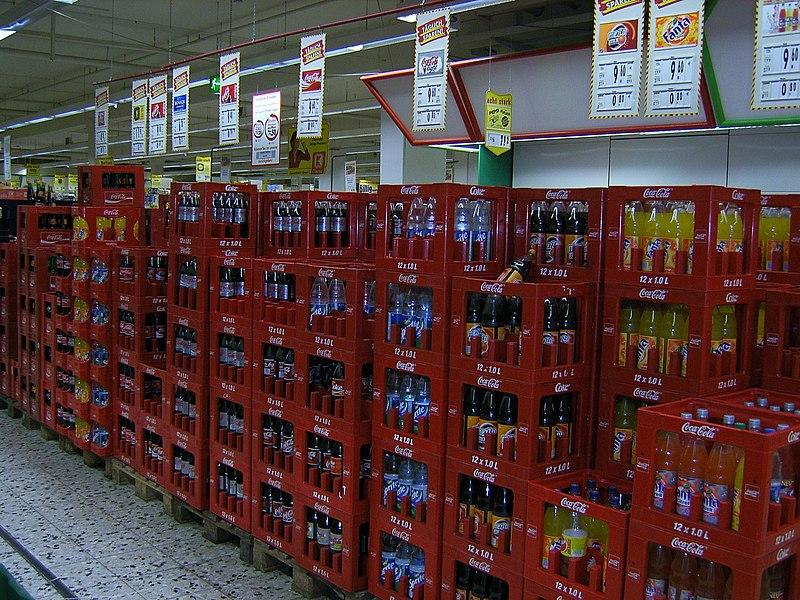 File:Coca Cola Kisten.jpg