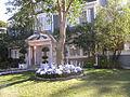Colonialstreet Klopeckhouse.jpg