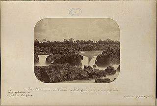 Parte superior da Cachoeira de Paulo Affonso vista do lado esquerdo