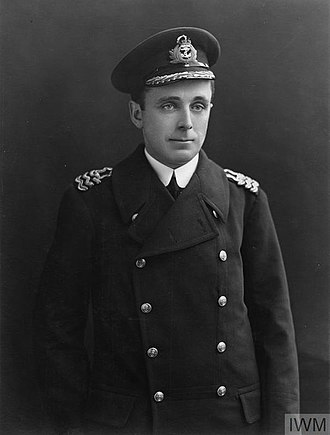 Francis Curzon, 5th Earl Howe - Commander Viscount Curzon, RNVR