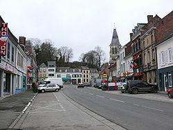 Conty place du Bourg.JPG