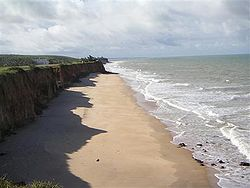 Costa Dourada beach and its cliffs: the first beach in Bahia from south to north.