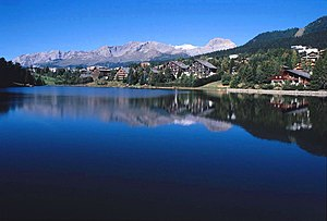 English: Lac de la Moubra in Crans-Montana.