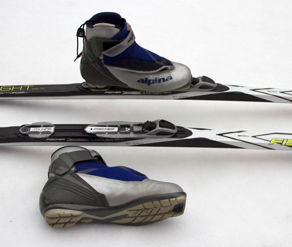 Cross-country ski boot and binding system--Classic