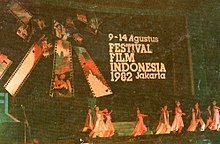 Dance performance at 1982 Indonesian Film Festival, Festival Film Indonesia (1982), 1983, front cover.jpg