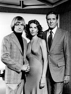 David McCallum, Melinda Fee Og Craig Stevens Fra Tv Serien The Invisible  Man 1975.