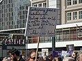 Demo in Berlin zum Referendum über die Verstaatlichung großer Wohnungsunternehmen 09.jpg