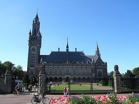 Den Haag Peace Palace.jpg