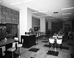 Dexter Horton Restaurant, Seattle, 1954.jpg