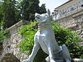 Dog statue in Tivoli.jpg