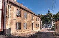 Dom z XVIII wieku, późnobarokowy, przebudowany w XIX wieku i w 1959 roku.jpg