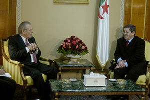 Ahmed Ouyahia - Ouyahia with Donald Rumsfeld on Feb. 12, 2006