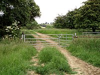 Double gate - geograph.org.uk - 458394.jpg
