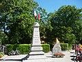 Doussard-Monument aux morts.jpg