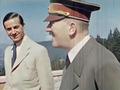 Dr. Karl Brandt und Adolf Hitler auf dem Berghof.png