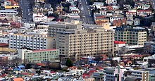 Dunedin Public Hospital from Signal Hill Sep 2007.jpg