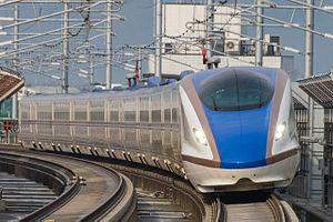 Tsurugi (train) - Image: E7 F12 Shin Takaoka 20150314