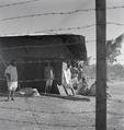 ETH-BIB-Abessinisches Gefängnis, mit Stacheldraht umzäunt-Abessinienflug 1934-LBS MH02-22-0649.tif