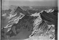 ETH-BIB-Finsteraarhorn, Grindelwalder Fiescherhörner v. N. aus 4500 m-Inlandflüge-LBS MH01-001010.tif