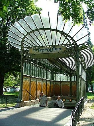 Porte Dauphine (Paris Métro) - Image: Edicule Porte Dauphine