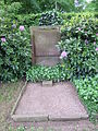 Ehrengrab Friedrich Fennel (Friedhof Wehlheiden).jpg