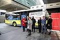 El pago con tarjeta bancaria y móvil, una realidad inmediata en los buses de EMT 05.jpg