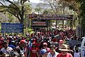 El pueblo venezolano acompañó los restos de su presidente Hugo Chávez Frías en la Academia Militar (8539056664).jpg