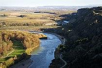 El rio Aragon visto desde lo alto del barranco de Penalen.jpg