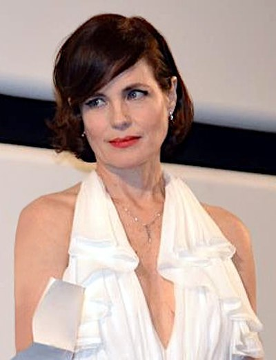 Elizabeth McGovern, American film, television, and theater actor, and musician