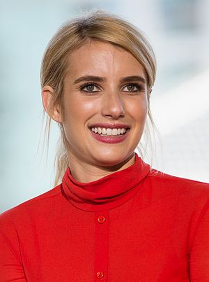 Emma Roberts - Roberts at the 2016 San Diego Comic-Con