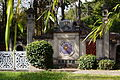 Esplanade du Dinh, Jardin d'Agronomie Tropicale.JPG