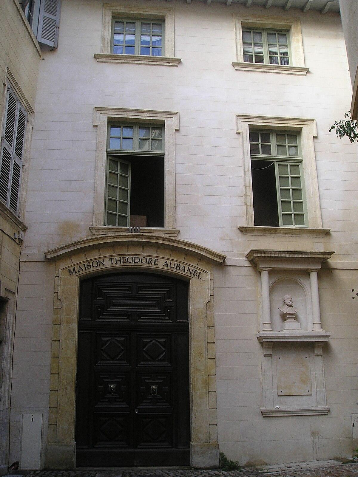 Musée Aubanel de l imprimerie — Wikipédia