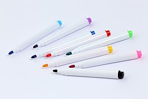 Farbige Stifte (47363803062).jpg