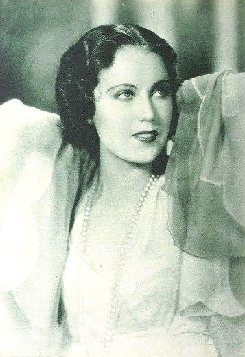 Fay Wray NM230