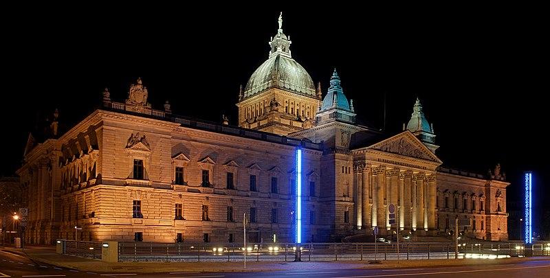 Federal Administrative Court Leipzig at night 1 (aka).jpg