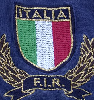 Italy national rugby union team - The current badge on the Italy jersey