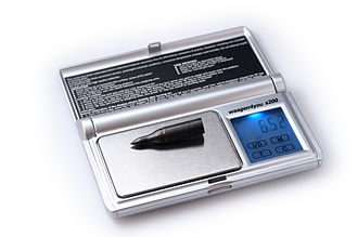 Baker percentage - Digital scale with readability of 0.01 g.