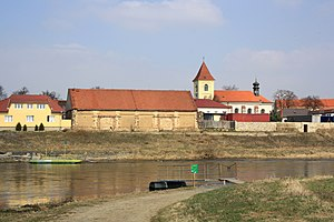 Ferry in Lužec nad Vltavou.jpg