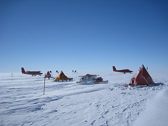 Pine Island Glacier - British Antarctic Survey field camp on PIG