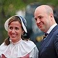 Filippa Reinfeldt och Fredrik Reinfeldt under nationaldagsfirande vid Skansen 2009.jpg