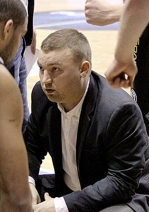 Finnur Freyr Stefánsson - Finnur coaching KR at the 2015 Icelandic Cup finals.