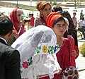 Following the bride (4) (30601124890).jpg